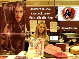 The very beautiful and talented Jenifer Ann was offering magnificent autographed photos at extremely reasonable prices at Ancient City Con in Jacksonville, Florida on 7-19-15. www.JeniferAnn.com www.facebook.com/OfficialJeniferAnn www.ancientcitycon.com