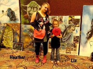 Heather and her daughter Liz both look cute in their outfits.