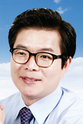 Seoul Seongdong District Mayor Won-O Chong