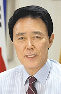 Gunpo Mayor Yoon-Joo Kim