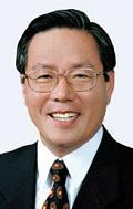 Tongyeong Mayor Dong-Jin Kim