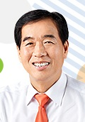 Gyeongsan Mayor Young-Jo Choi