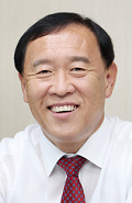 Gapyeong Mayor Seong-Gi Kim