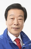 Shinan Mayor Gil-Ho Koh